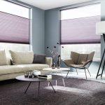 Deze woonkamer is zeer sfeervol dankzij SUNWAY® Duette® Color On Demand.
