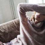 In deze heerlijke, zachte trui van No Man's land in oudroze is relaxen kinderspel.