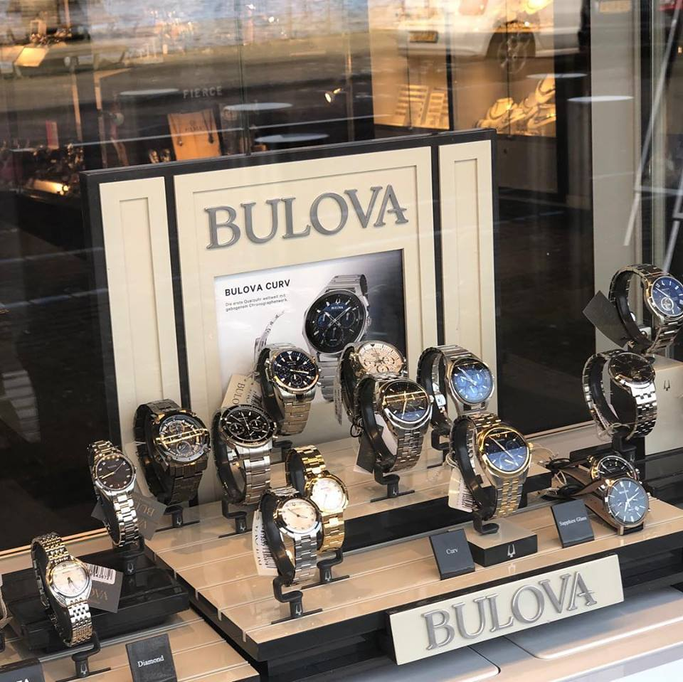 Juwelier Kuyper biedt u een ruim assortiment Bulova-horloges